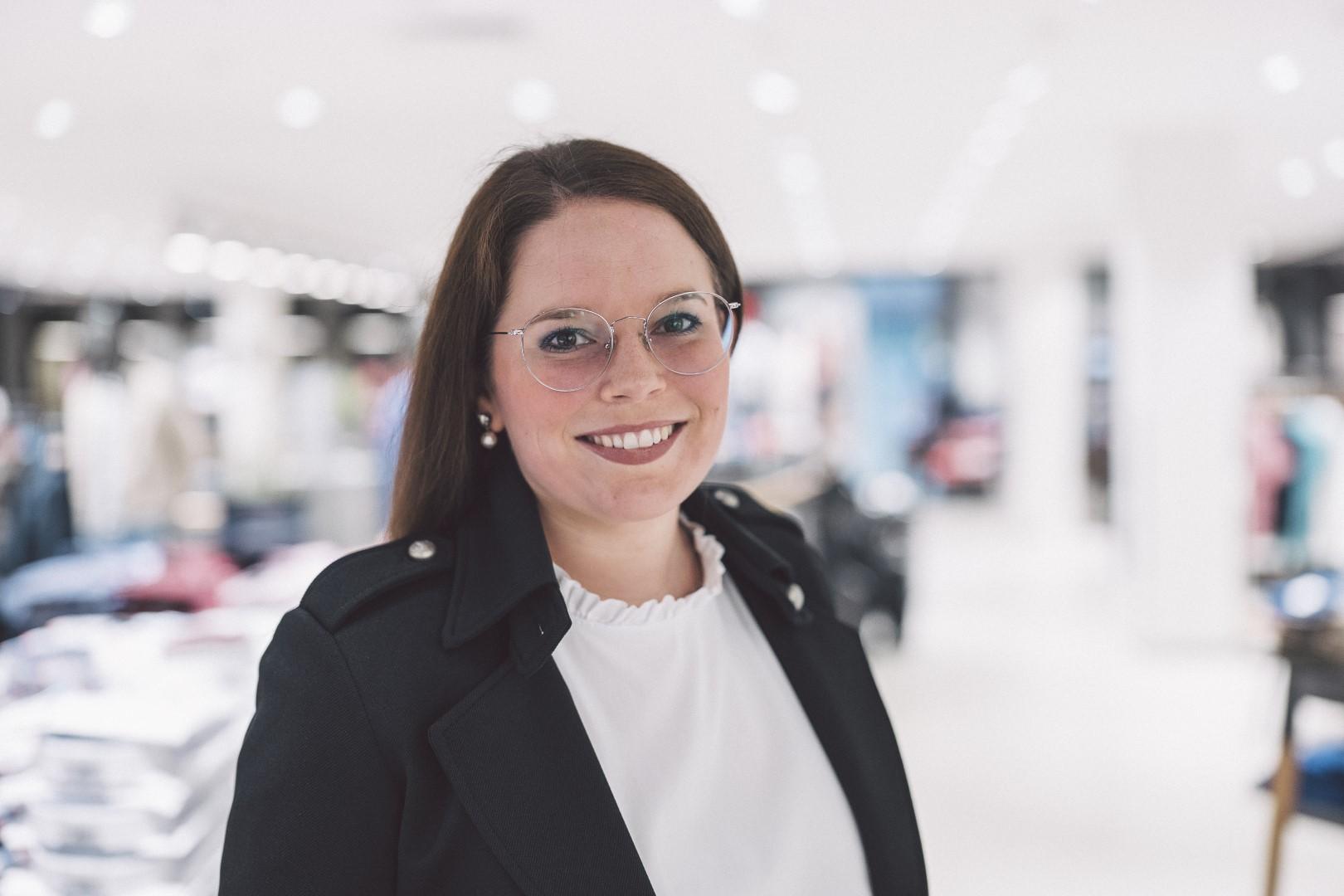 ModehausKuhn-IrenaFollmann