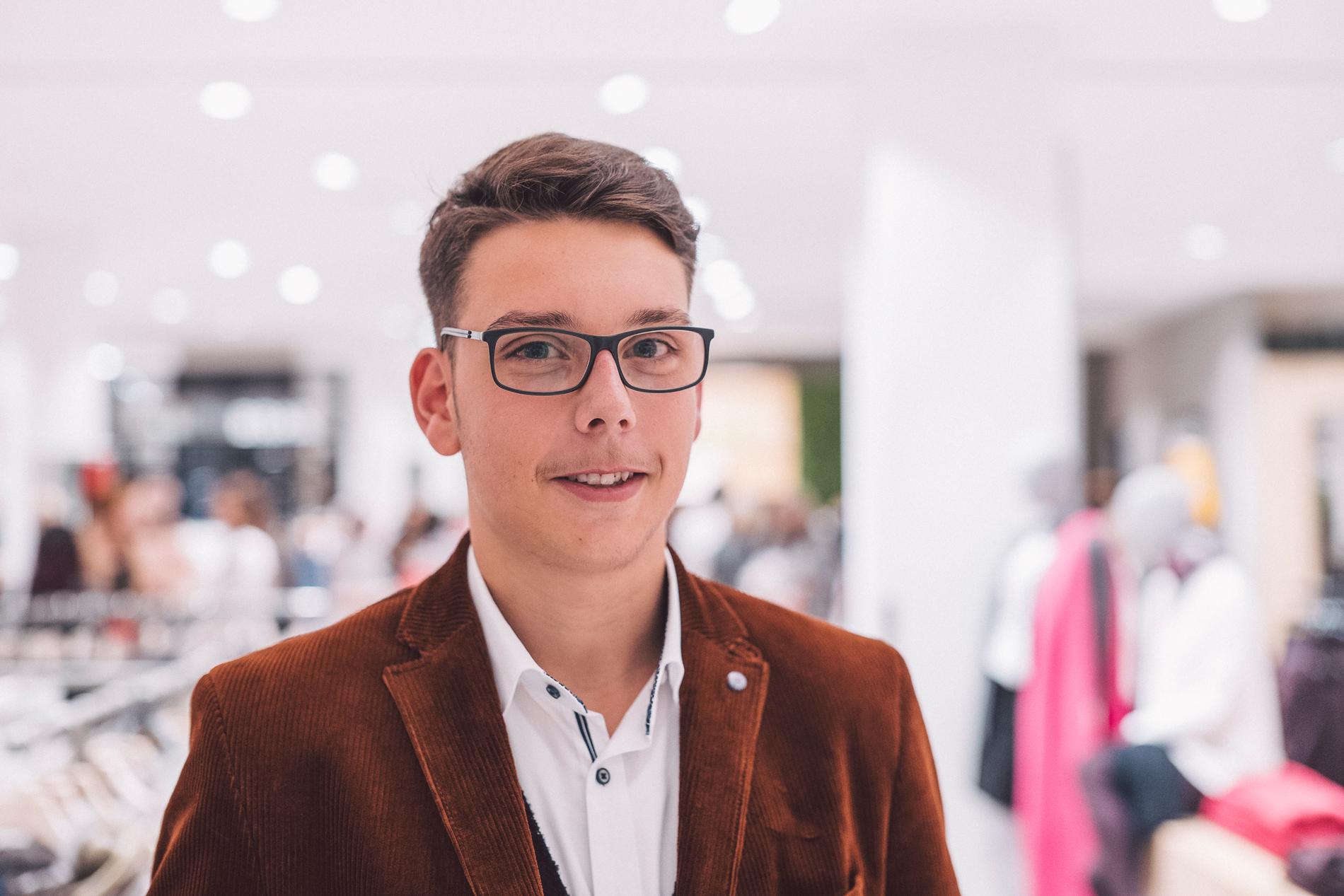 ModehausKuhn-MaximilianGross